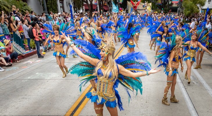 a5a92e26d16 The 44th annual event hosted the usual charm and whimsy with colorful  floats and costumes