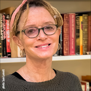 "Bestselling Author: Anne Lamott ""Notes on Hope"" title="