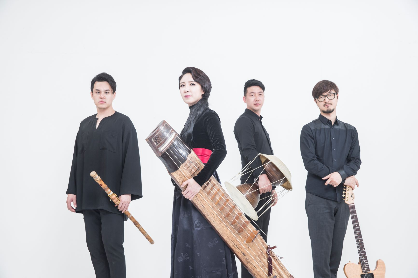 A Night of Dynamic Post-Rock Korean Music with Black String title=