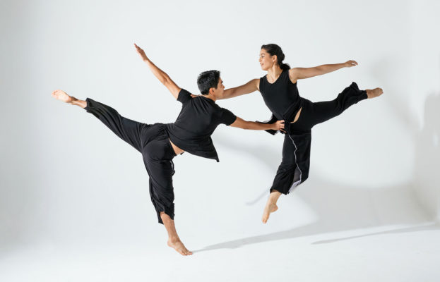 DANCEWORKS PRESENTS Doug Varone and Dancers title=