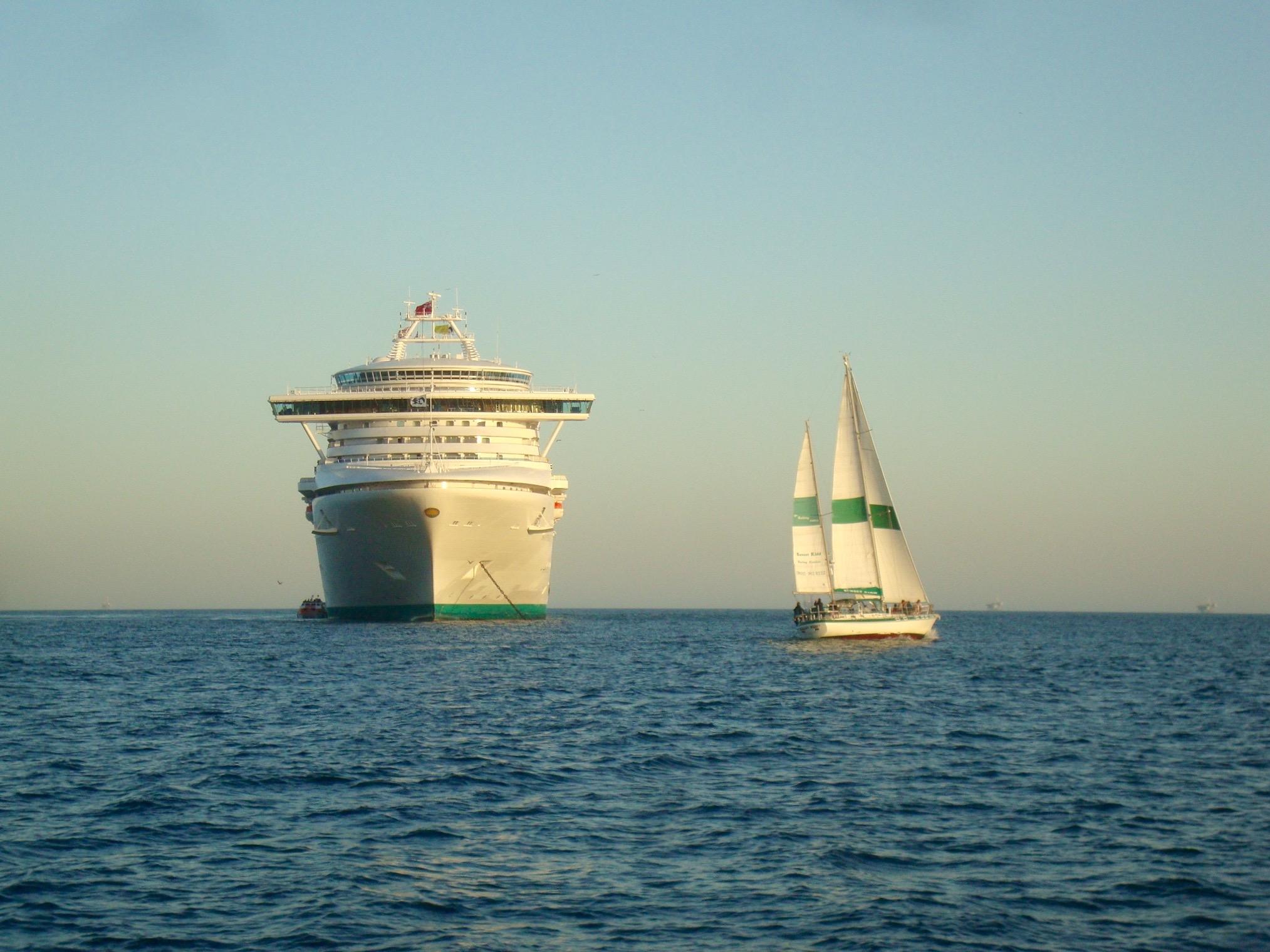 Happy Hour Sailing Cruise $5 Rum Drinks & Margaritas