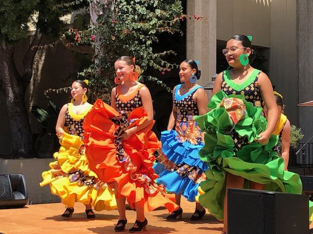 La Cumbre Plaza Hosts Fiesta Dancing! title=