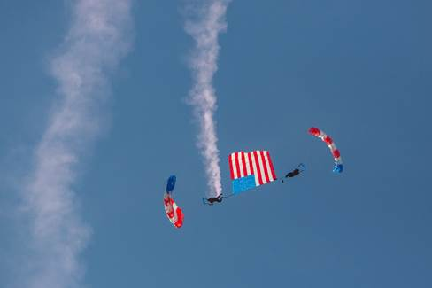 Patriot Parachute Team Skydive Performance title=