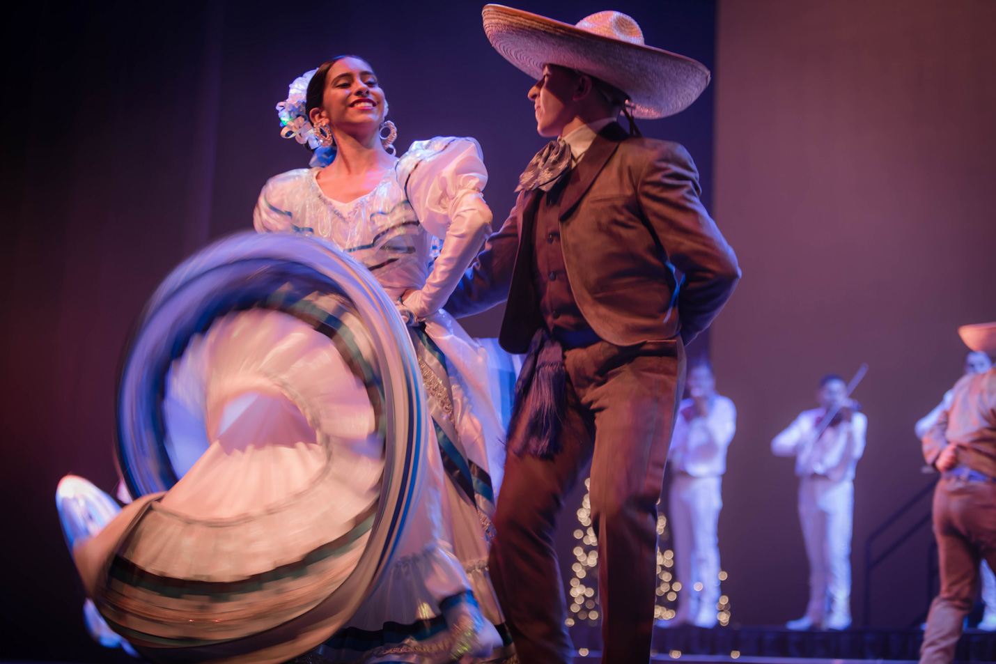 Ballet Folklórico de Los Ángeles
