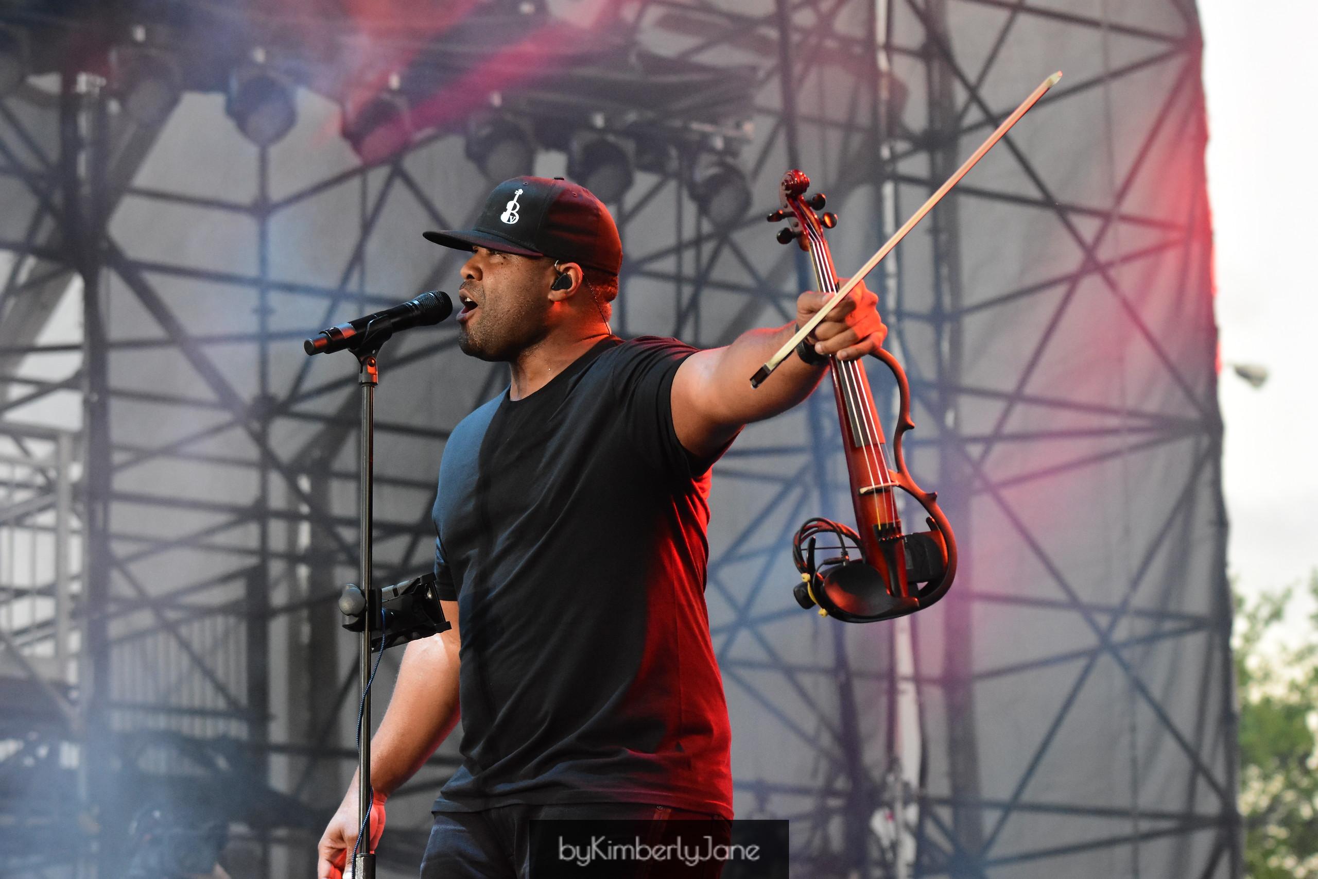 Black Violin title=