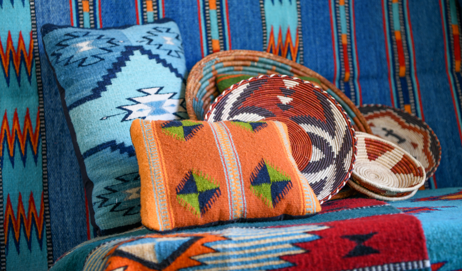 Folk & Tribal Arts Marketplace title=