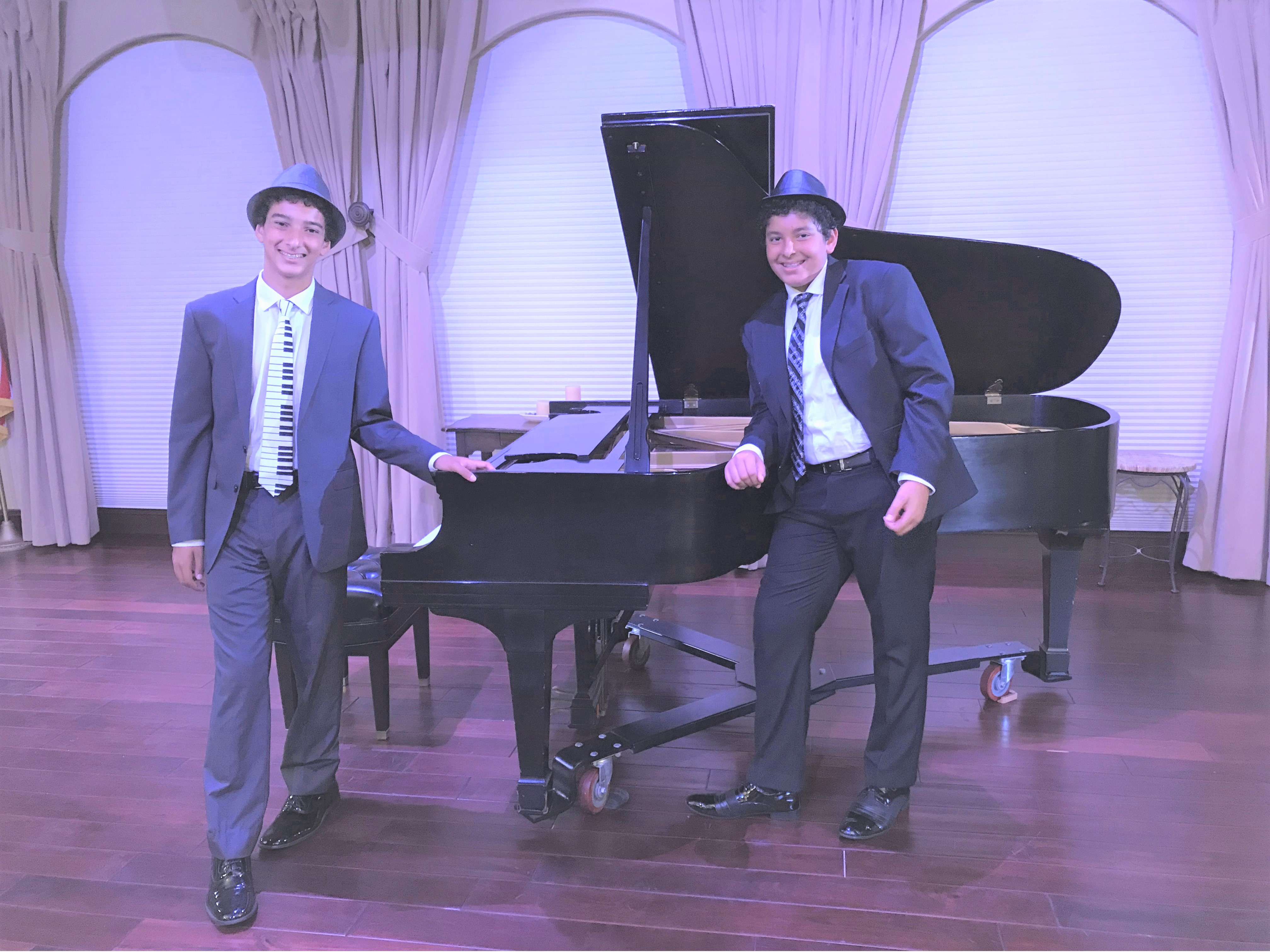 Classical Piano Dinner Concert title=