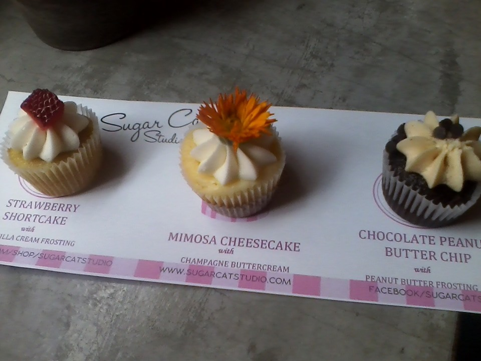 Summer Cupcake and Wine Pairing title=