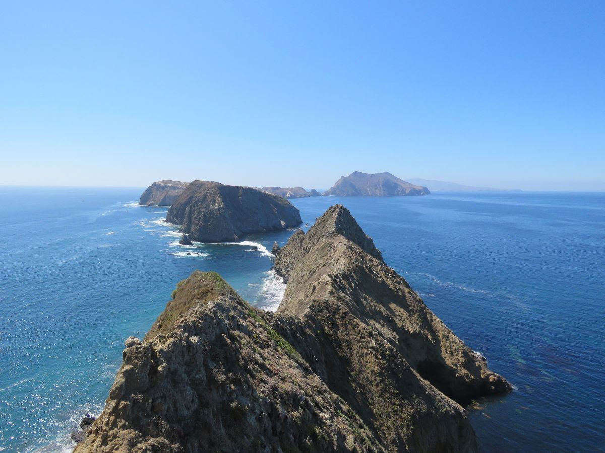 Hiking & Backpacking on the Channel Islands title=