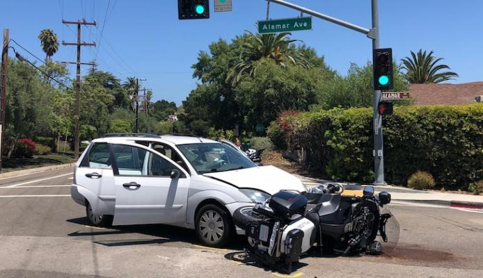 Santa Barbara Police Motor Officer Injured in Collision title=