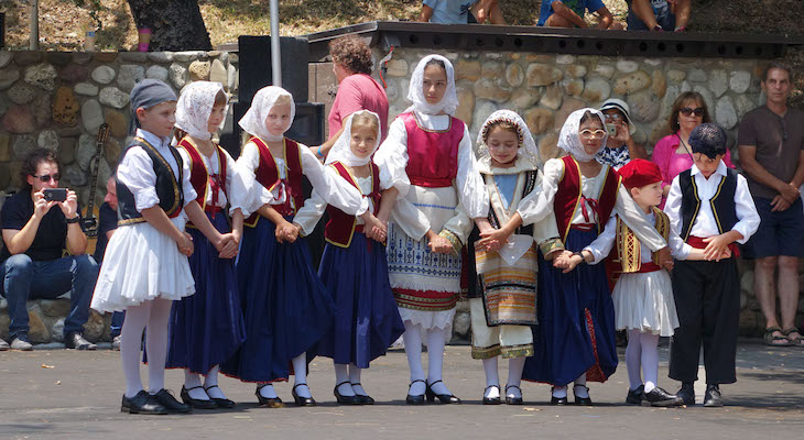 Greek Festival Draws Crowds to Oak Park title=