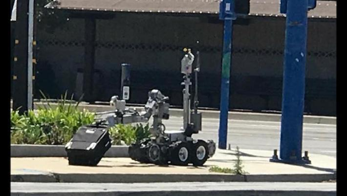 Sheriff's Bomb Squad Investigates Abandoned Suitcase at San Marcos High School