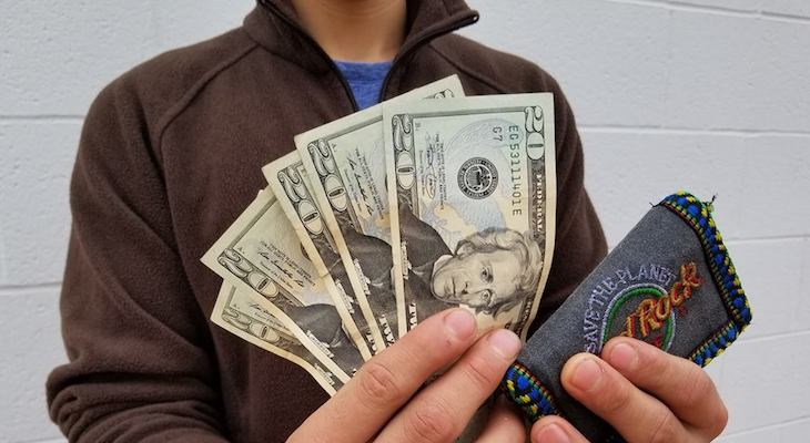 Good Samaritan Turns In Wallet to CHP title=