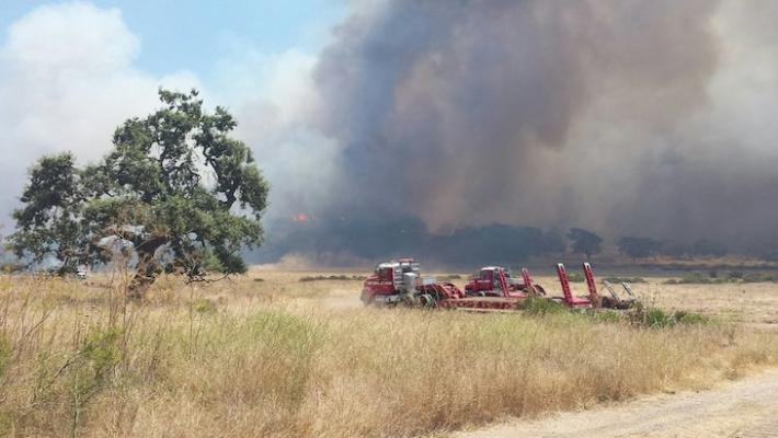 Alamo Fire near Twitchell Reservoir flares up again