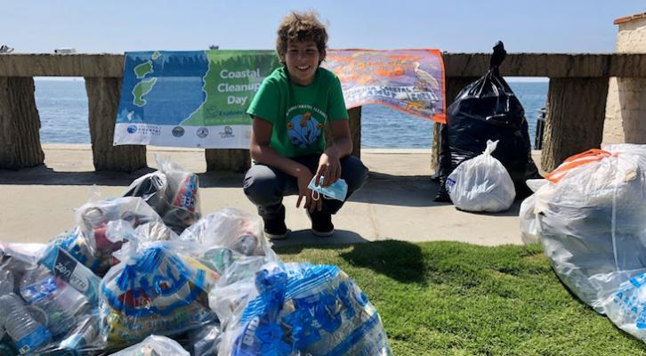 Over 3 Tons of Waste Picked Up on Coastal Cleanup Day title=