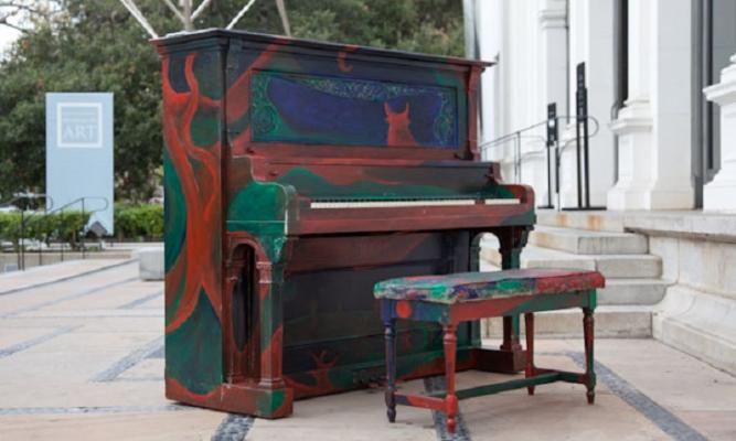 Pianos Jazz-Up State Street This October