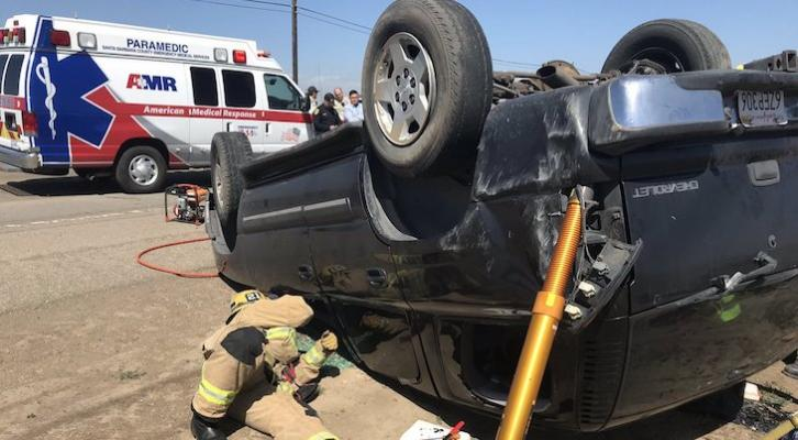 Driver Rolls Vehicle During Sheriff Deputy Pursuit title=