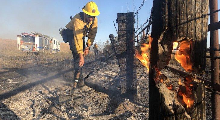 4 Acre Brush Fire Broke Out Near Solomon Grade title=