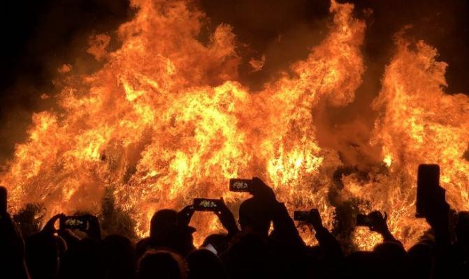 Christmas Tree Burn in Solvang