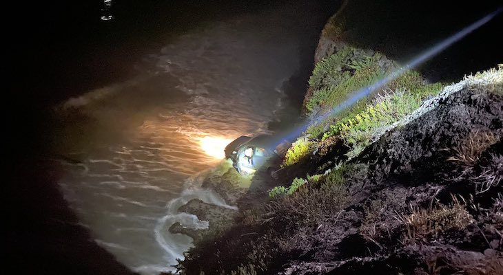 Vehicle Crashes Over Isla Vista Cliff title=