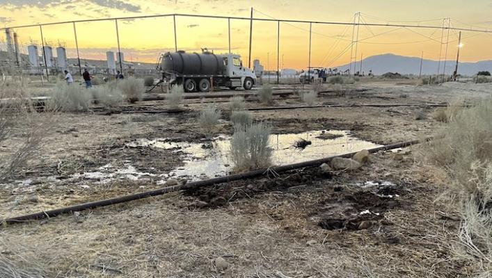 Small Spill at Cuyama Oil Well title=