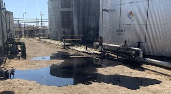 Hazmat Contains Liquid Asphalt Leak