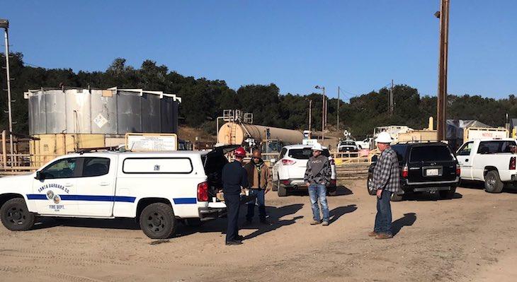 Small Crude Oil Spill Near Los Alamos title=