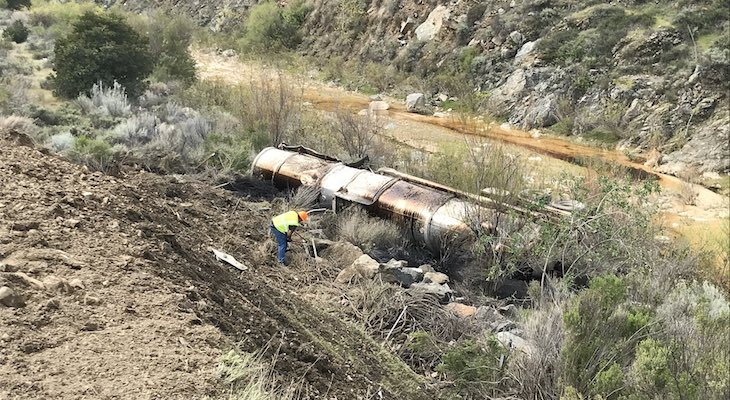Overturned Oil Tanker Leaks Crude Oil in Cuyama River