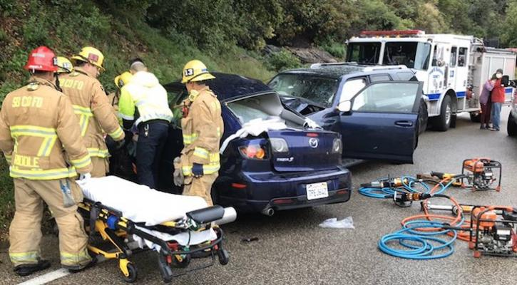 Four Injured in Painted Cave Traffic Collision