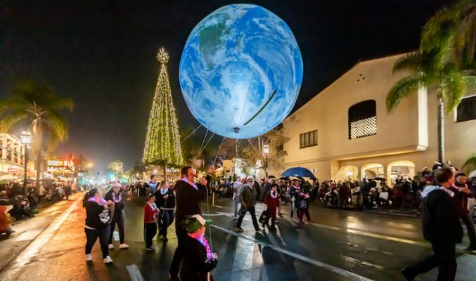 Downtown Holiday Parade Slideshow