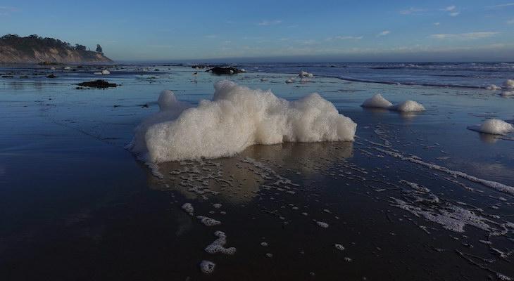 Hendry's Beach Sea Foam title=
