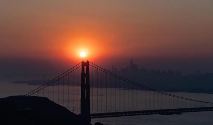 Smoky Sunrise Over the Golden Gate Bridge