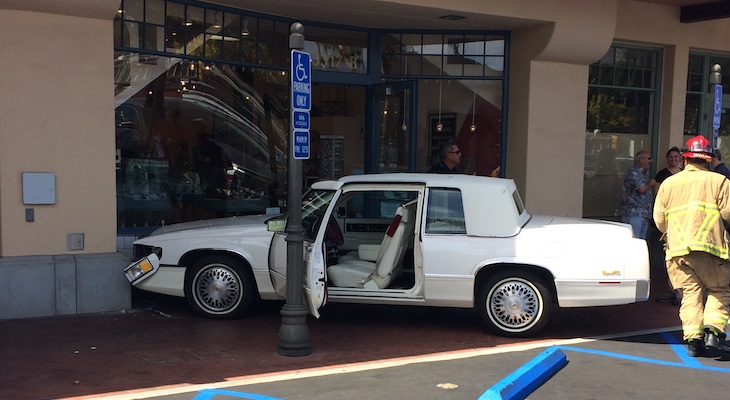 Vehicle Crashes Into Loreto Plaza Building