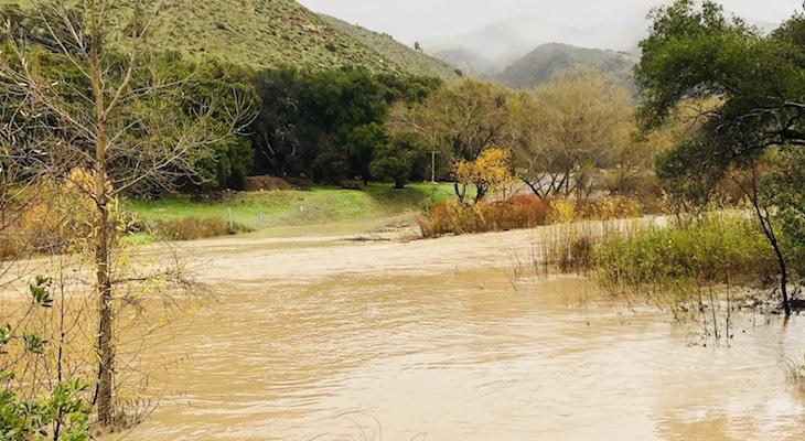 Flowing Santa Ynez River title=