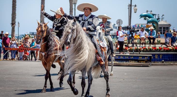 El Desfile Histórico Brings Over 600 Horses to State Street