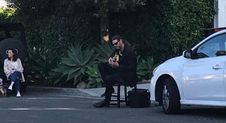 Local Guitarist Gives Street Concert