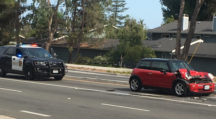 Traffic Collision on Hollister Ave