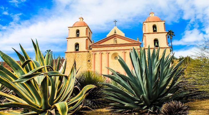 Santa Barbara Named in 30 Most Charming Small US Cities