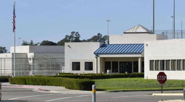 COVID-19 Breaks Back into Lompoc Prison title=