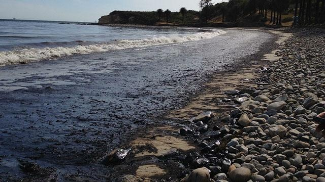 Judge Certifies Oil Industry Class in Lawsuit Against Plains All American  For Santa Barbara Oil Spill title=
