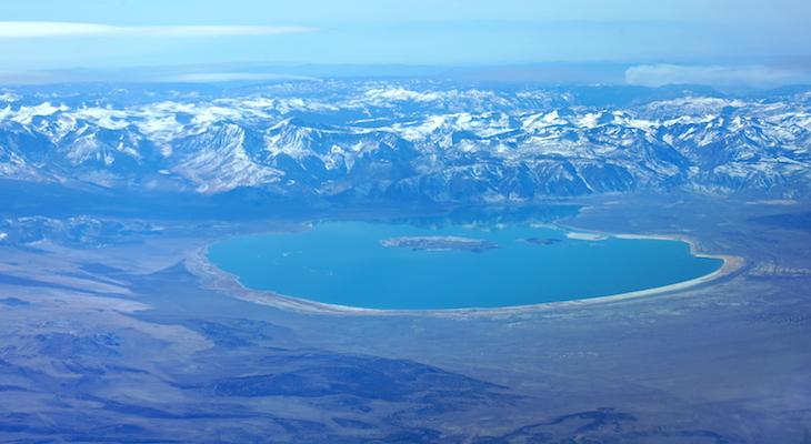 Mono Lake View title=