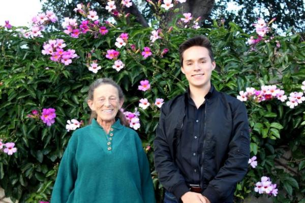 Students Awarded Scholarships by County Horticultural Society