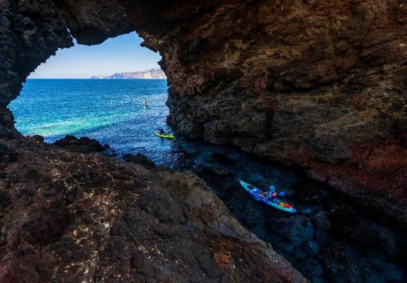 Kayak Tours Now Available at Prisoners Harbor on Santa Cruz Island