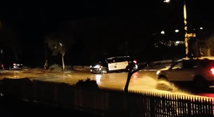 Major Flooding on Bath Street title=
