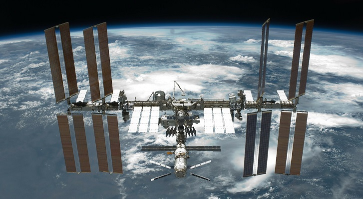 The ISS for Early Autumn title=