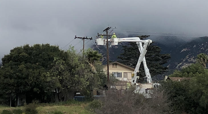 Helicopters Replacing Power Pole on Foothill
