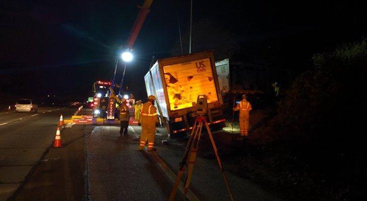 Multi-Vehicle Collision Shuts Down Highway 101